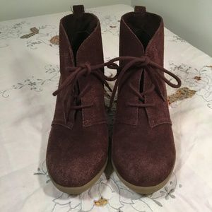 Minne Tonka brown suede ankle boots, lace up front